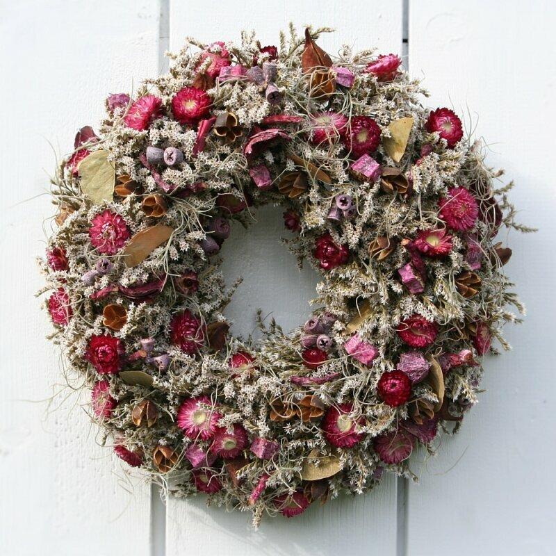 Tuerkranz-mit-Strohblumen-lila-rosa-36-cm