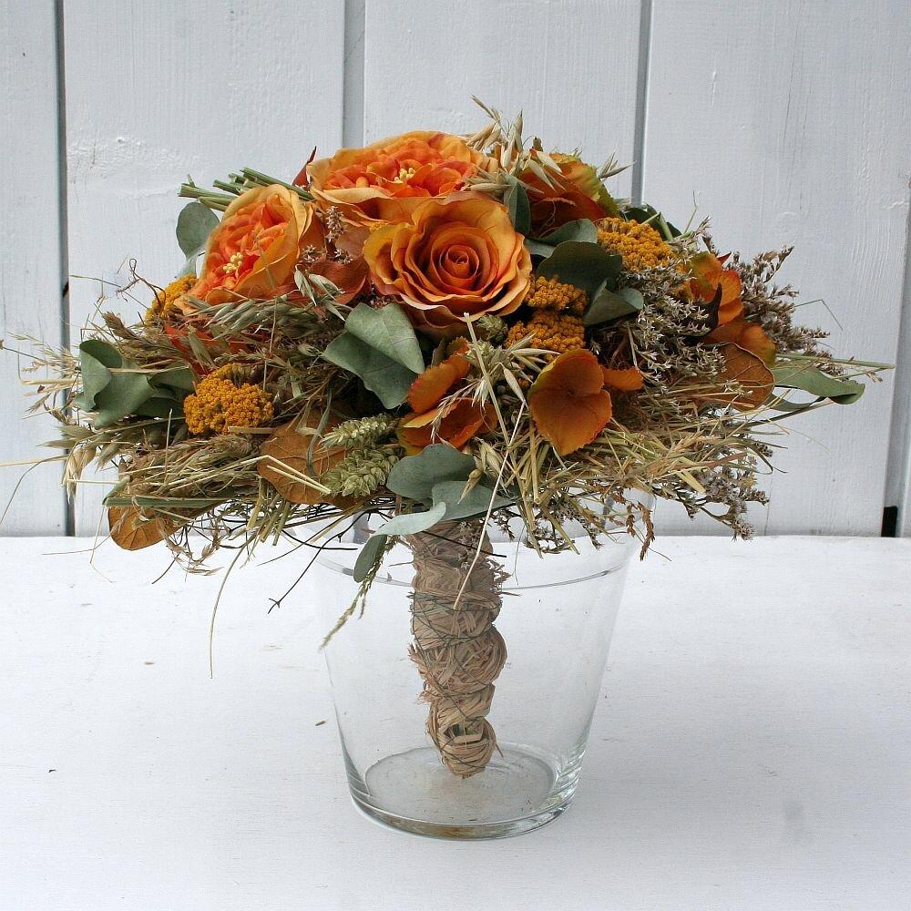 strauss mit rosen und hortensien kuenstlich 30 cm