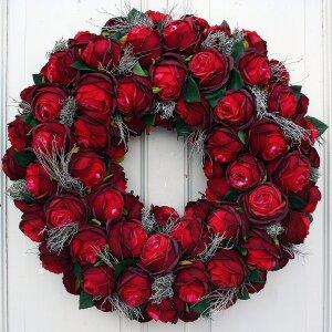 Türkranz Seidenblumen mit roten Rosen